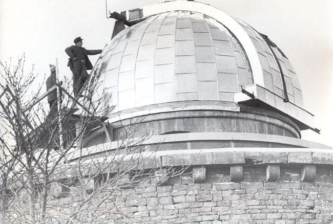 Die Kuppel der Sternwarte kurz vor Fertigstellung 1950